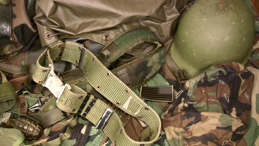 Bienvenue sur surplus militaire en ligne - Treillis militaire occasion ...
